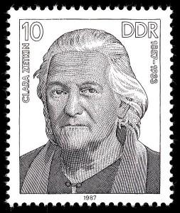 Clara Zetkin, kvinnedagens mor. Her avbilda på et DDR-frimerke.