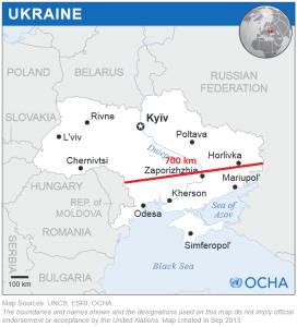 Kart over Ukraina med angivelse av avstand langs en tenkt hovedframrykkingsakse for russiske styrker. Montasje: Egen. Originalkart: UN Office for the Coordination of Humanitarian Affairs (OCHA) - Ukraine Locator Map (ReliefWeb), ESRI, UNCS. Lisens: CC-BY-SA 3.0 via Wikimedia Commons.
